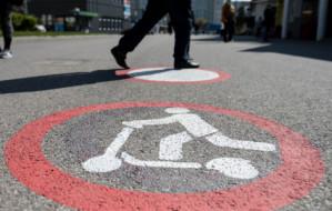 Zakaz dla hulajnóg, rowerów i deskorolek przez potrącenia pieszych