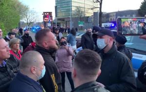 Interwencja policji przed klubem Wolność