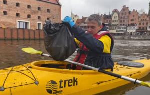Ekokajak w Gdańsku. Pomóż sprzątać Motławę i popłyń za darmo
