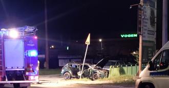 Wypadek samochodowy z udziałem nastolatków. Jedna osoba nie żyje