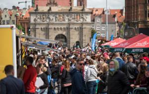 Food trucki opanowały dziedziniec przy Forum Gdańsk