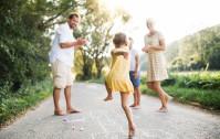 Jak spędzić czas z dziećmi na świeżym powietrzu?