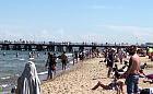 Tłumy wypoczywają na plażach Trójmiasta