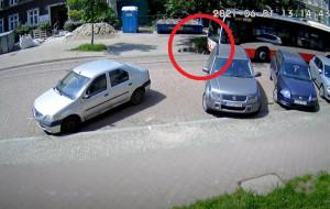 """Autobus kontra krawężnik. """"Kierowca pomylił trasę"""""""