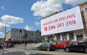 Reklamy wracają na budynki. Uchwała krajobrazowa jest dziurawa?