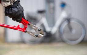 Złapał włamywacza, który kradł jego rower