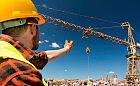 """""""50 stopni, żołądek się gotuje"""". Inspekcja sprawdzi warunki pracy na żurawiach wieżowych"""