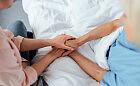 Odwiedziny pacjentów na oddziałach? Część szpitali luzuje obostrzenia