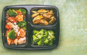 Okiem dietetyka: dieta pudełkowa - u kogo się sprawdzi?