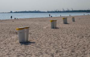 1,5 tys. śmietników na trójmiejskich plażach