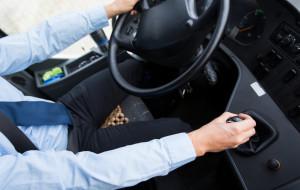 Kierowcy GAiT w krótkich spodenkach nie pojadą