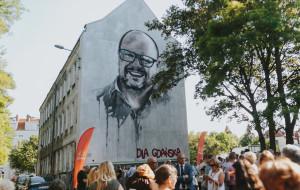 Mural z Adamowiczem droższy niż zapowiadano