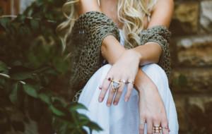 Atrakcyjne ozdoby dla każdego, czyli biżuteria ze stali chirurgicznej