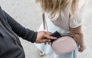 Uwaga na kieszonkowców podczas zakupów