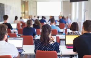 Największe uczelnie będą pracowały hybrydowo w nowym roku akademickim