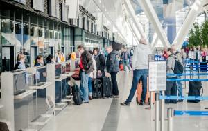 Bilety lotnicze będą droższe. Branża pisze do premiera