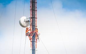 Gdańsk zakazuje stacji GSM na szkołach