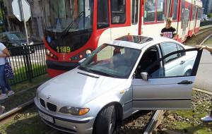 Uwaga, tramwaj! Dlaczego kierowcy ich nie zauważają?
