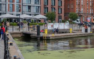 Co z przystankami po zawieszonym tramwaju wodnym?