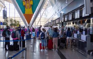 Lotnisko: najlepszy miesiąc w roku, ale ruch to 65 proc. w stosunku do 2019