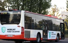 Mobilny Punkt Szczepień przed gdańskimi szkołami od poniedziałku, 13.09