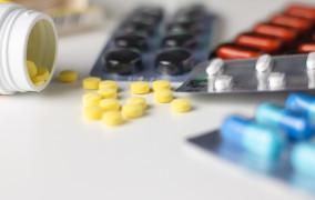 """Fundacja: """"Prawie połowa leków onkologicznych nie podlega refundacji"""""""