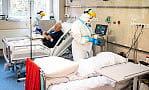 """Minister Niedzielski: """"99 proc. infekcji COVID-19 dotyczy osób niezaszczepionych"""""""