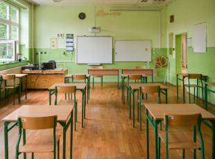 Propozycje MEiN dla nauczycieli: większe pensum, szybszy awans i podwyżki