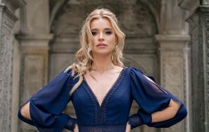 Jaką wybrać sukienkę na Sylwestra 2021?