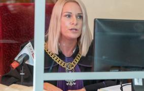 Salomonowy wyrok sądu w sprawie przewrócenia pomnika ks. Jankowskiego