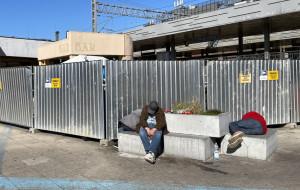 Dworzec jak przytułek dla bezdomnych