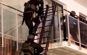 Weszli przez balkon, zatrzymali podejrzanych o napady na jubilerów