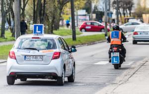 Egzamin na motocyklowe prawo jazdy? Szykuj się na wiosnę