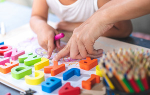 Przedszkole dwujęzyczne. Czy warto zapisać swoje dziecko?