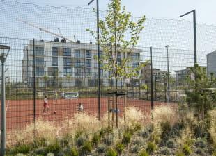 Boiska na nowych osiedlach coraz częściej ogólnodostępne