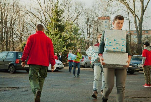Kryzys dobroczynności? Szlachetna paczka pilnie szuka wolontariuszy