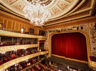 Opera w 10 krokach na Światowy Dzień Opery