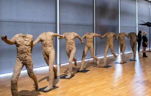 5 wystaw, które warto zobaczyć - malarstwo, rzeźba, fotografia i abakany
