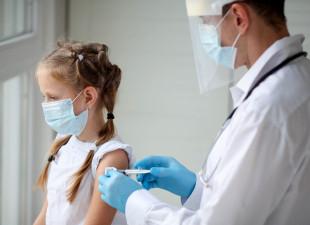 Szczepienia przeciw COVID-19 dla dzieci poniżej 12 lat w połowie grudnia?