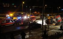 Pług staranował straż pożarną i radiowóz...