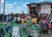Mieszkańcy posprzątali swoje osiedle