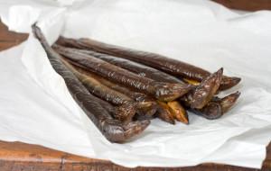 Tradycyjne smaki Pomorza: zawiła historia węgorza