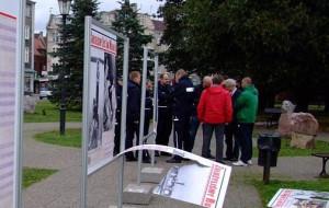 Zniszczona wystawa w centrum Gdańska