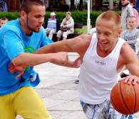 Aktywny weekend: nurkowanie, orientacja, rowery, psie sporty, koszykówka, taniec i brydż
