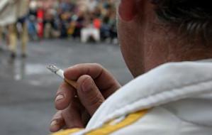 Gdyńscy radni zakazują palenia i godzą prezydentów (a przynajmniej próbują)