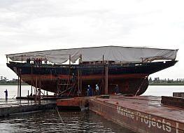 Historyczny żaglowiec w gdańskiej stoczni Marine Projects