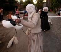 FETA: Płonące księgi i  trzewiki,  czyli festiwalowe cuda na tegorocznej Fecie