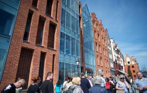 Restauracja winna ewakuacji nowego muzeum