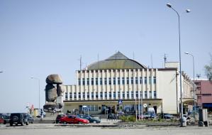 Szklana fasada Dworca Morskiego w Gdyni