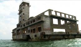 Zobacz wnętrza torpedowni w Babich Dołach